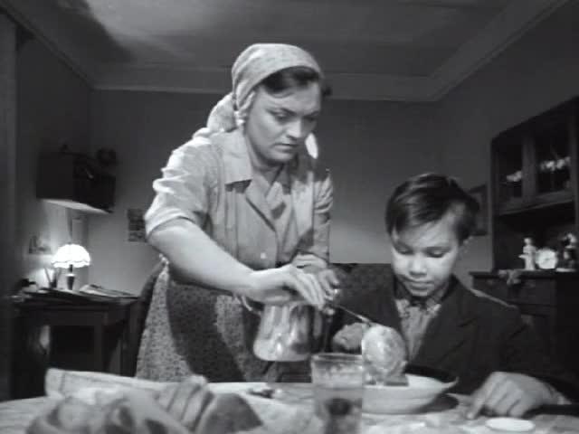 Большие и маленькие [1963, драма]