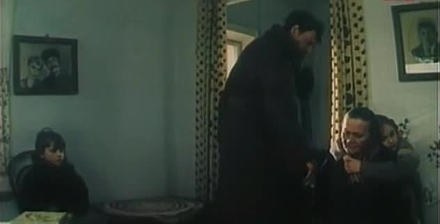 Карусель на базарной площади [1986, драма]
