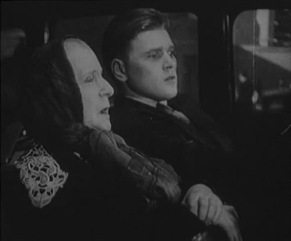 Новая Москва [1938, комедия]