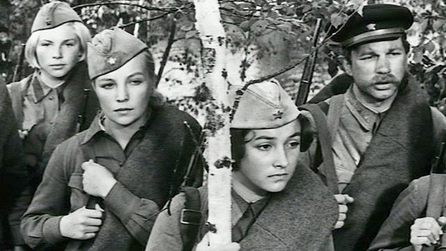 А зори здесь тихие. 2-я серия «Бой местного значения» [1972, военная драма, 480p]
