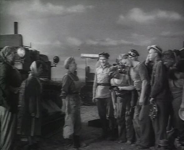 Трактористы [1939, драма, мелодрама, комедия]