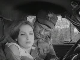 """Четыре танкиста и собака. 5 серия """"Рыжий, мёд и награда"""" [1966-1970, военный]"""